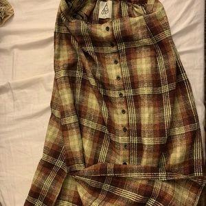 Plaid skirt with split